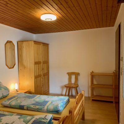 Schlafzimmer 1 - Richtung Schrank