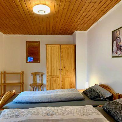 Schlafzimmer 1 IMG_2711